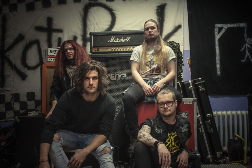 RockmusicRaider Review - Slap Betty 2016